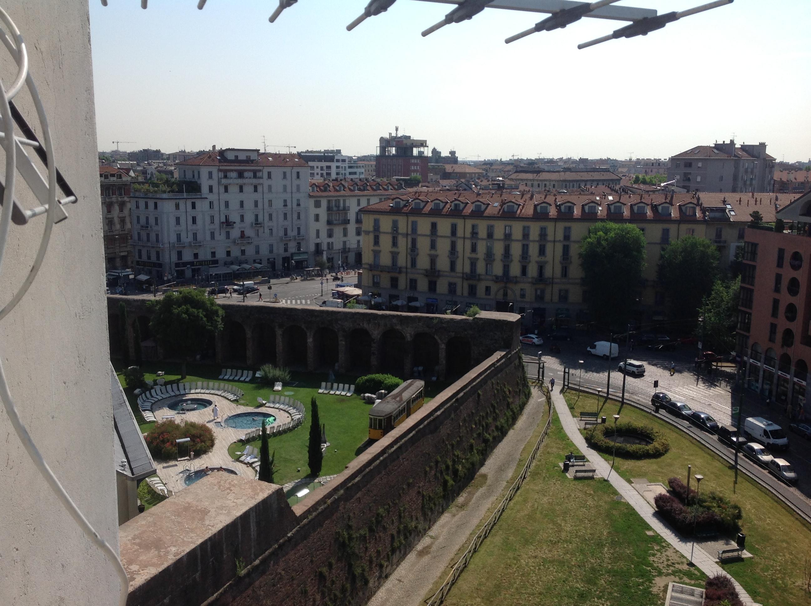 Torre di porta romana grattacielo appartamento al nono - Mail box porta romana ...