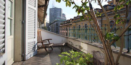 Appartamento ultimo piano – Via Parini, Milano