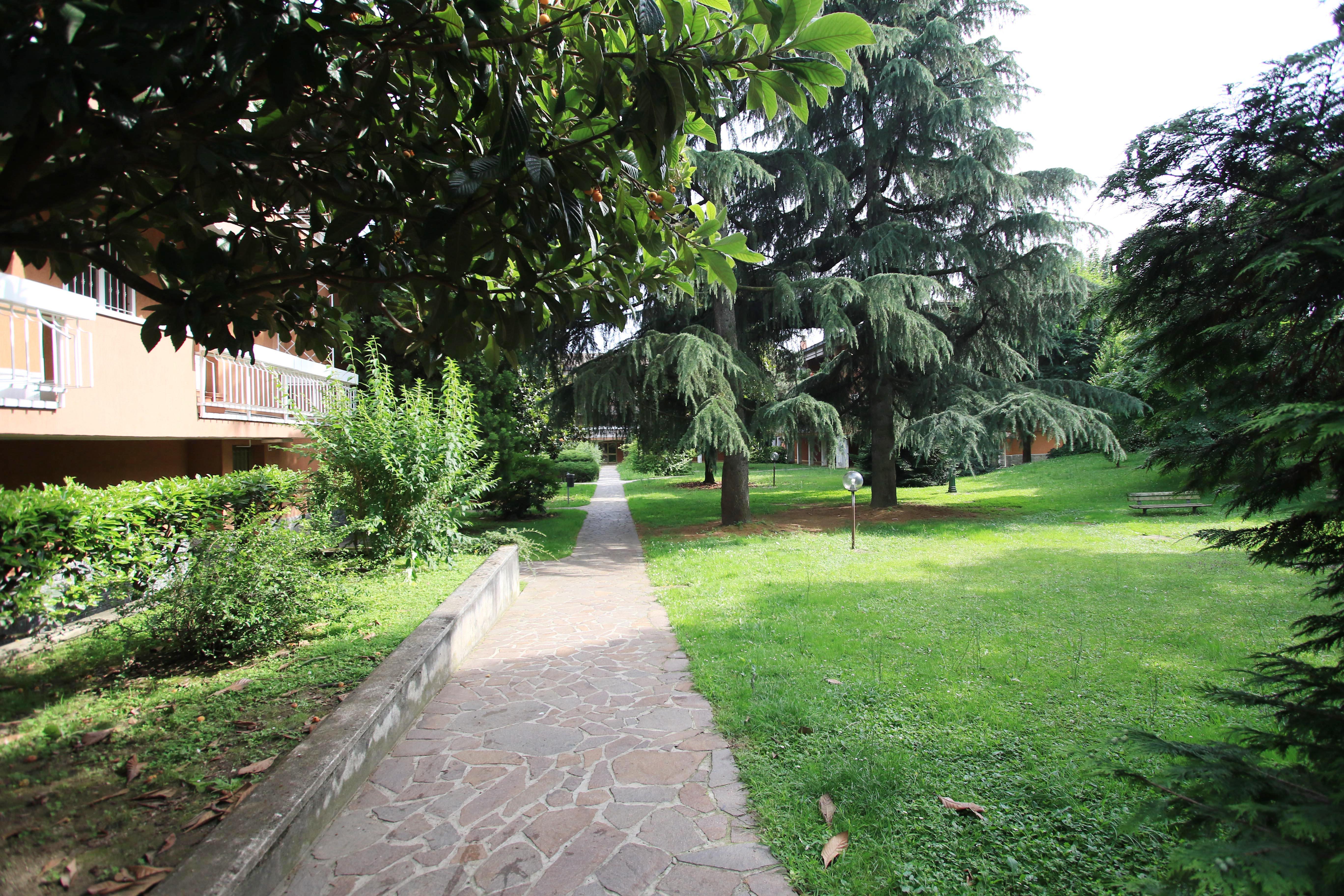 14 giardino condominiale 004 l 39 idea group - Giardino condominiale ...