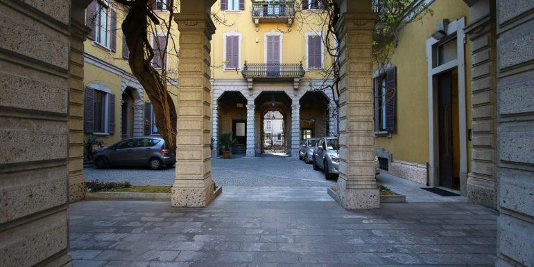 07_Cortile Palazzo_IBB_9227