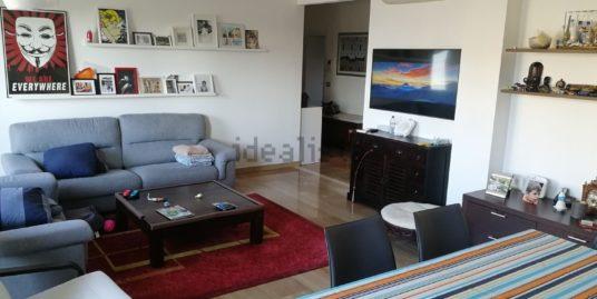 (Italiano) Appartamento al piano alto – Washington