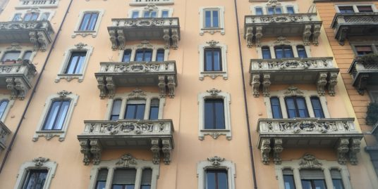 (Italiano) In elegante stabile d'epoca 800- Bianca Maria, Milano