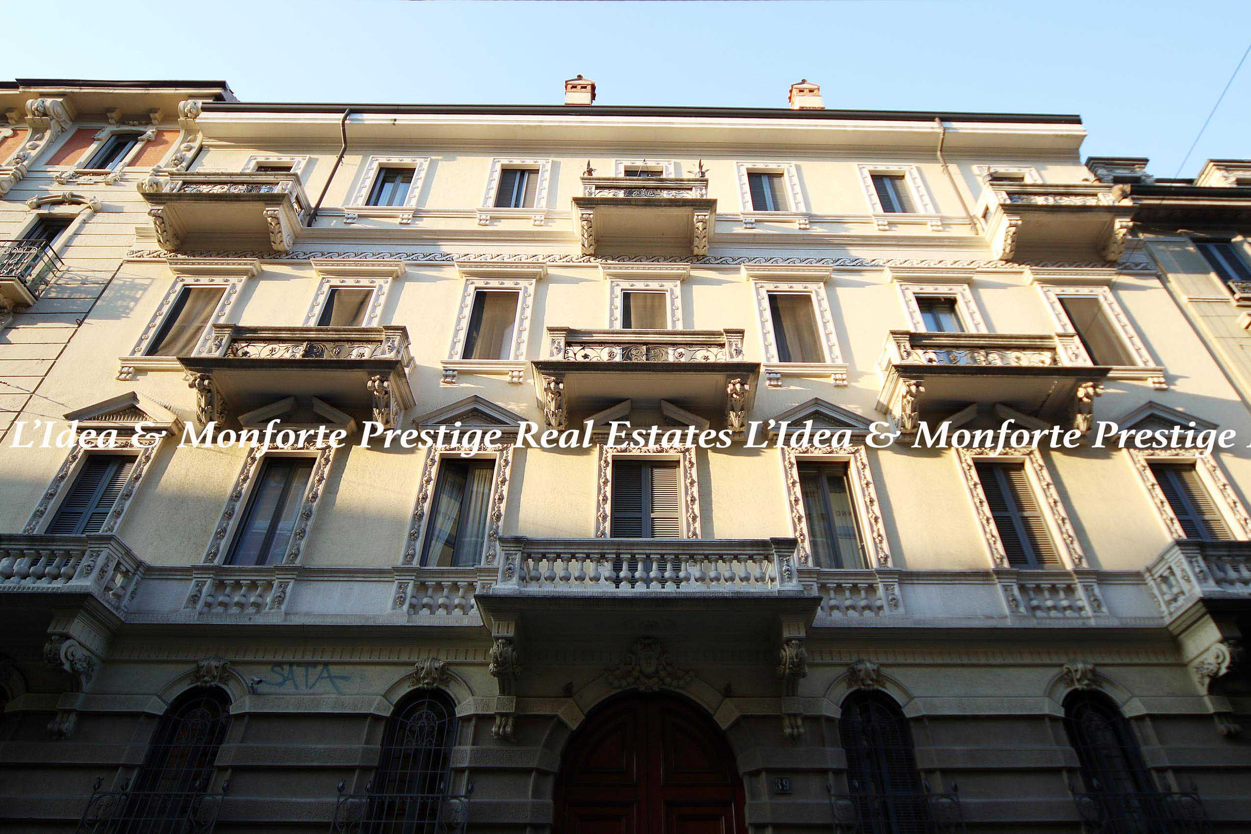 (Italiano) Bellissimo appartamento Goldoni, Milano