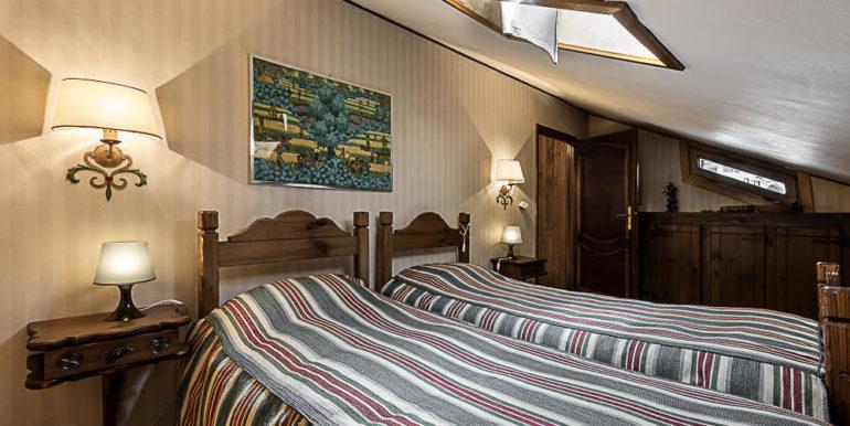 camera da letto 12